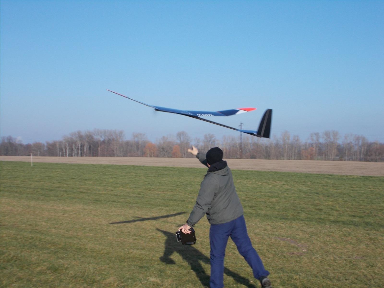 Hawk1340Hostovice.jpg